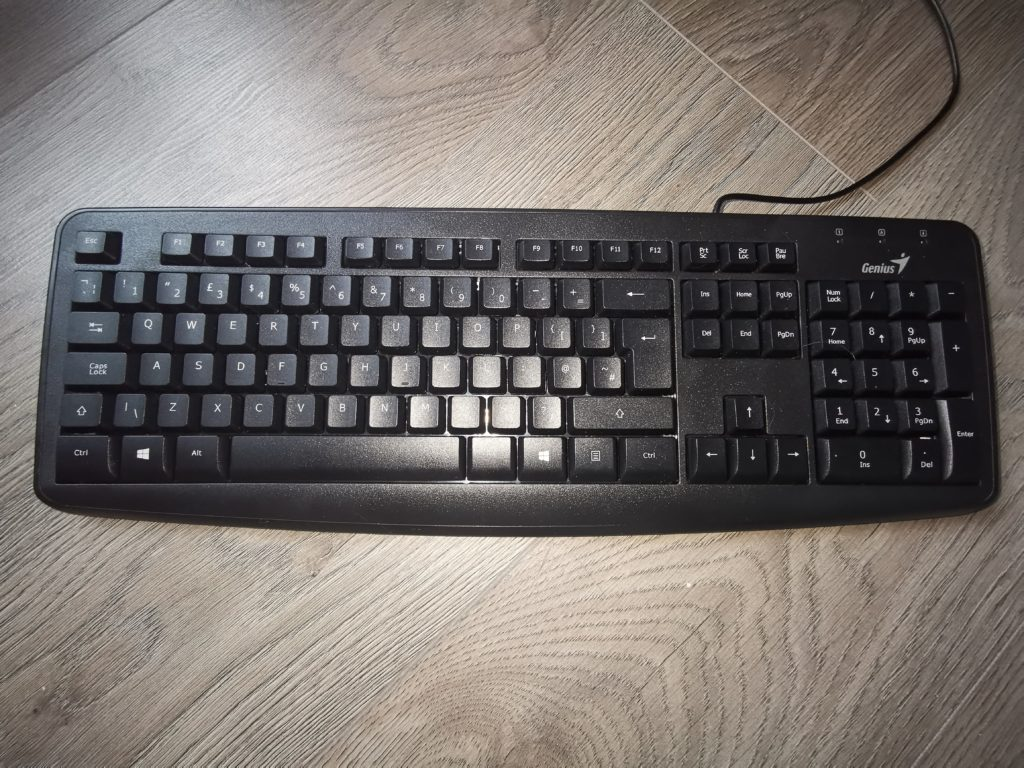 CD32 PS/2 Compatible Keyboard