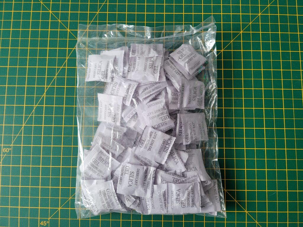 Sachets of Silica Gel